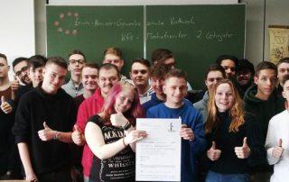 Gruppenfoto der KFZ-Mechatroniker
